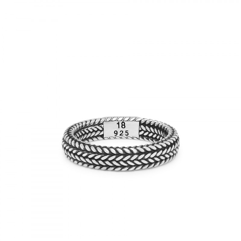 Ellen Small Ring 106