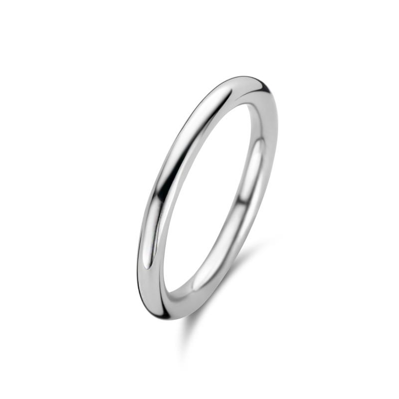 Zilveren solide ring met een dikte van 2mm