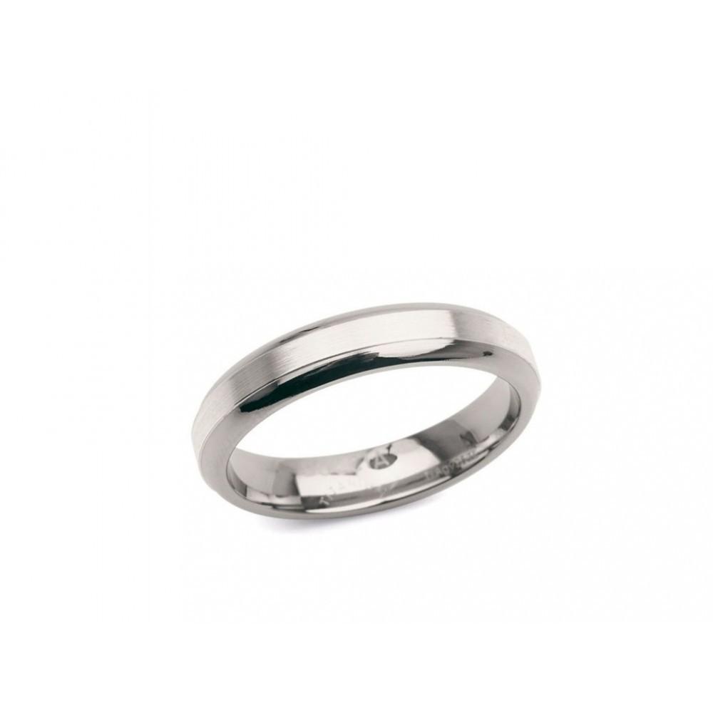 Afgeronde titanium ring 0122-01