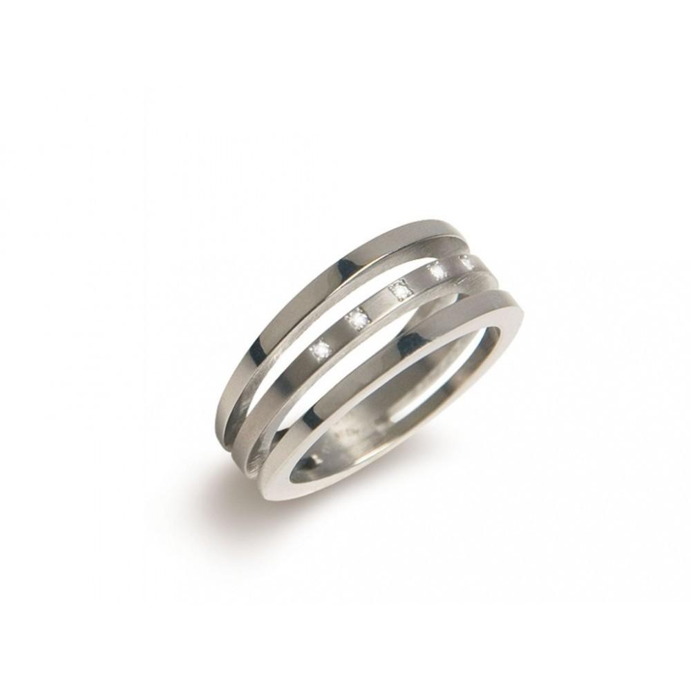 Ring met drie banen en diamant 0128-03