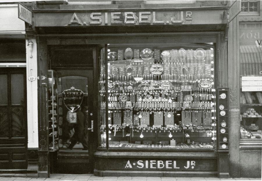 Siebel eerste winkel
